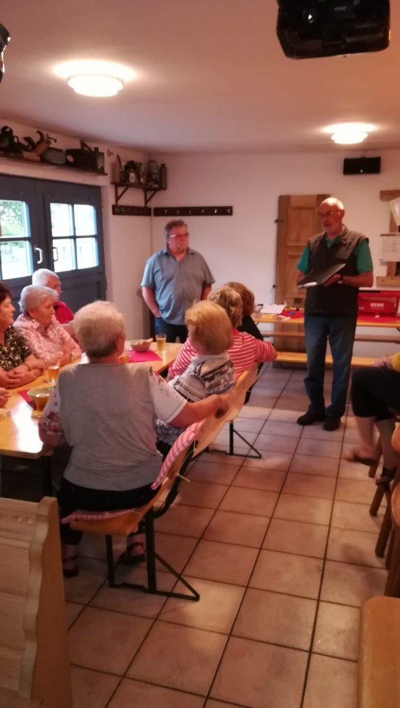 2. Stammtisch für Ältere im Spritzenhaus in Kröftel