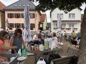 Café Jedermann der Initiative Quartier 4 gut besucht